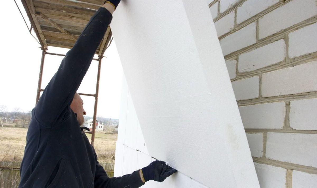 Утепление частного дома из кирпича своими руками
