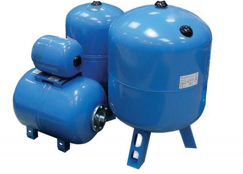 Бак для водопровода