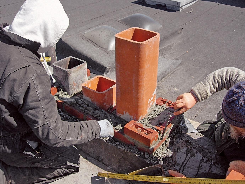 Общие правила безопасности при монтаже дымохода