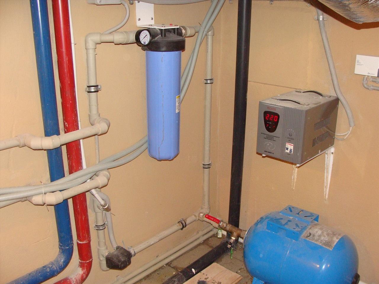 Водоснабжение частного дома. Ставим водопровод на даче своими руками